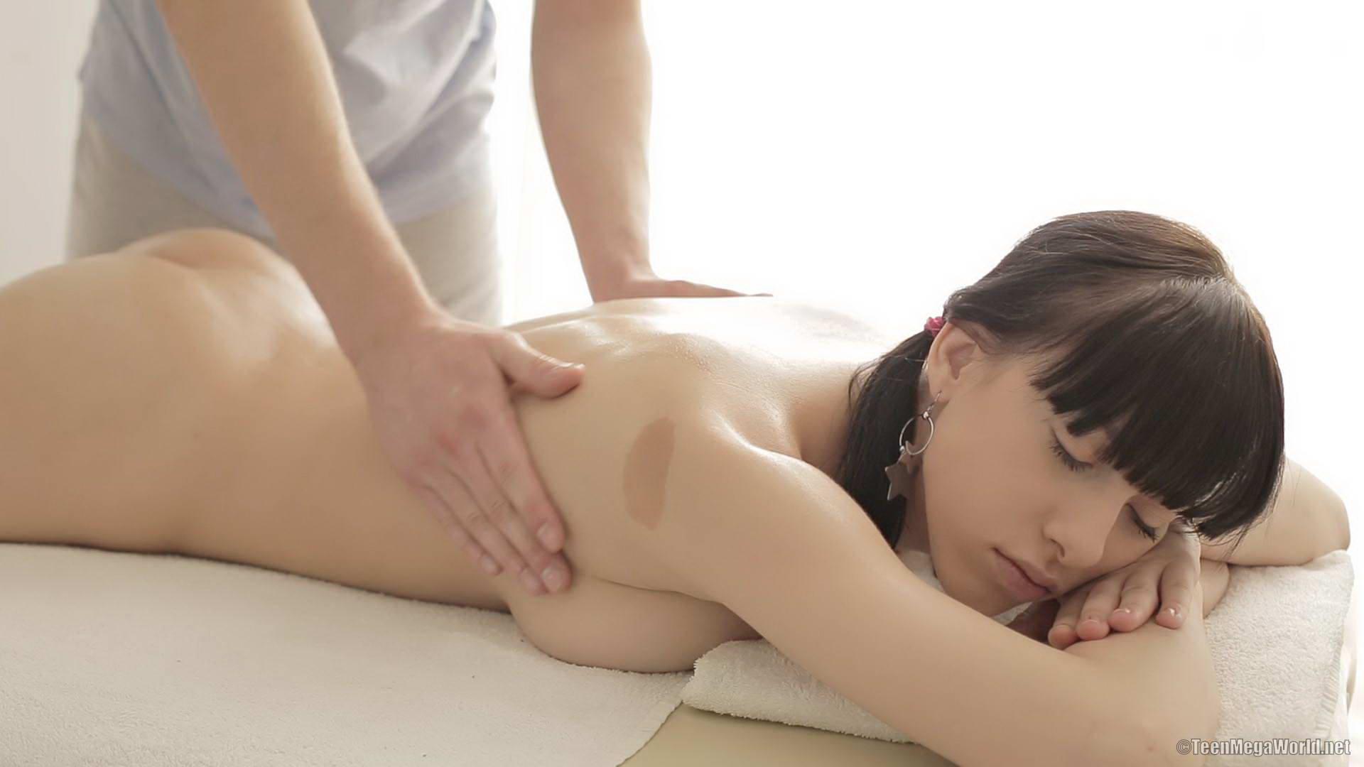Skinny butt sex