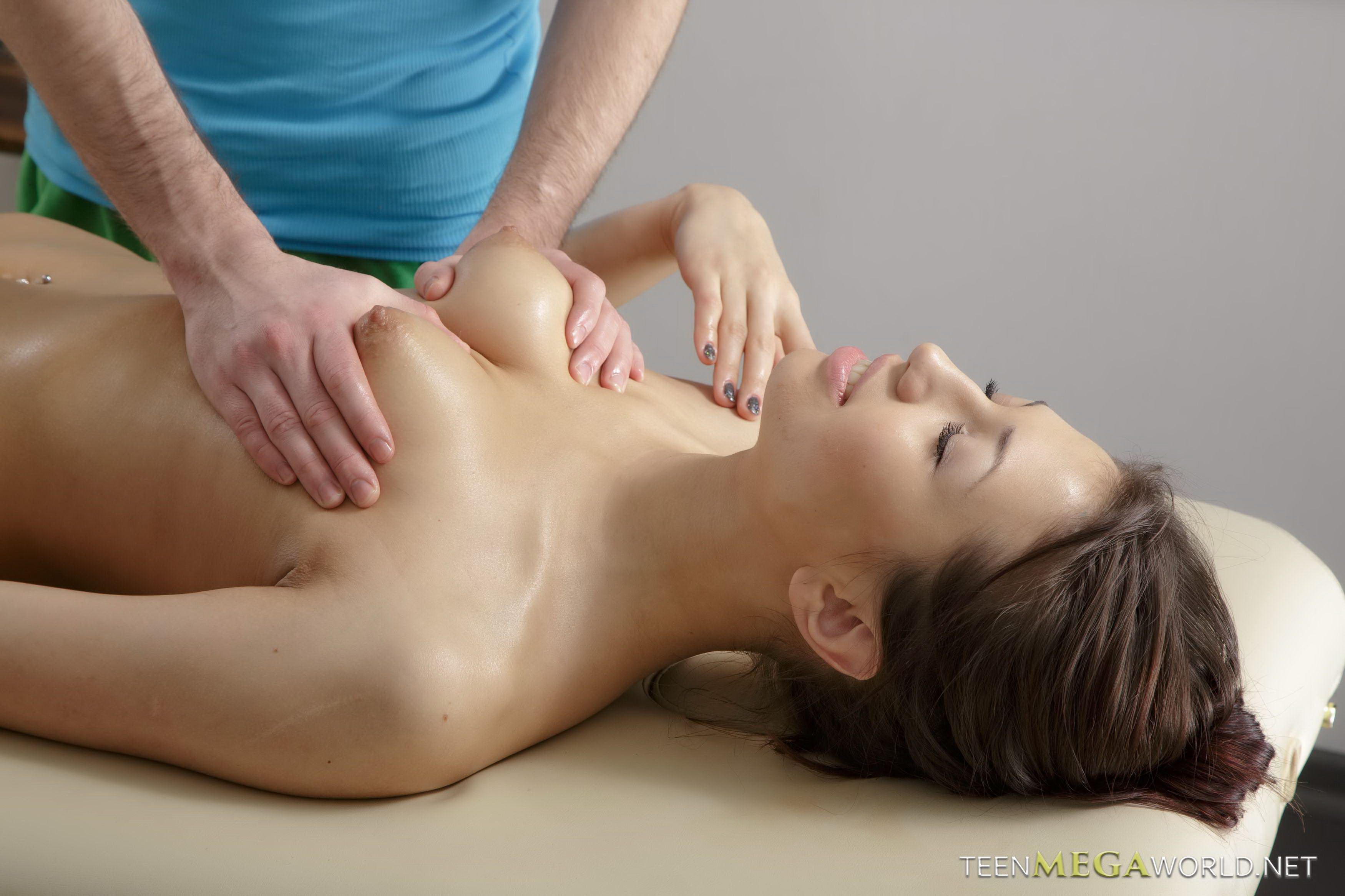 swedish naked massage
